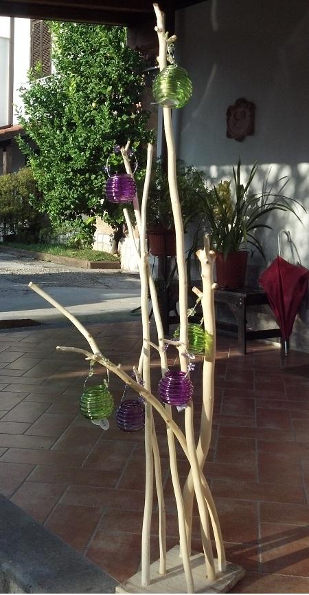 Realizzare un portacandele con dei rami di legno ecco una - Vasetti vetro ikea ...