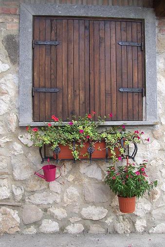 Restaurare una vecchia finestra a scudi for Finestra vecchia